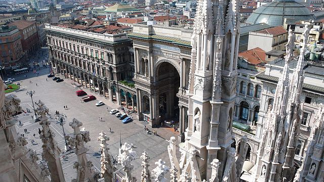 Milano_Duomo_Galleria1