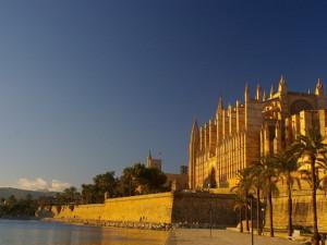 Wakacje w październiku – Palma de Mallorca